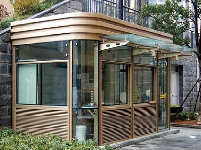钢结构材质氟碳喷漆工艺岗亭性能优点介绍
